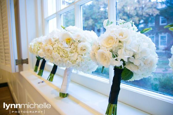 Di Fiori White Bouquets