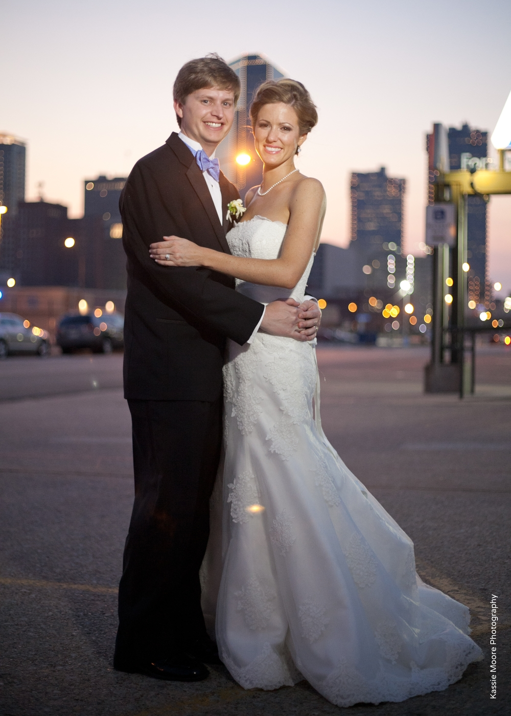 Bride & Groom Downtown Fort Worth Skyline