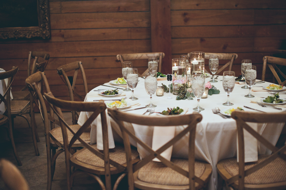Classic Oaks Ranch Reception Table