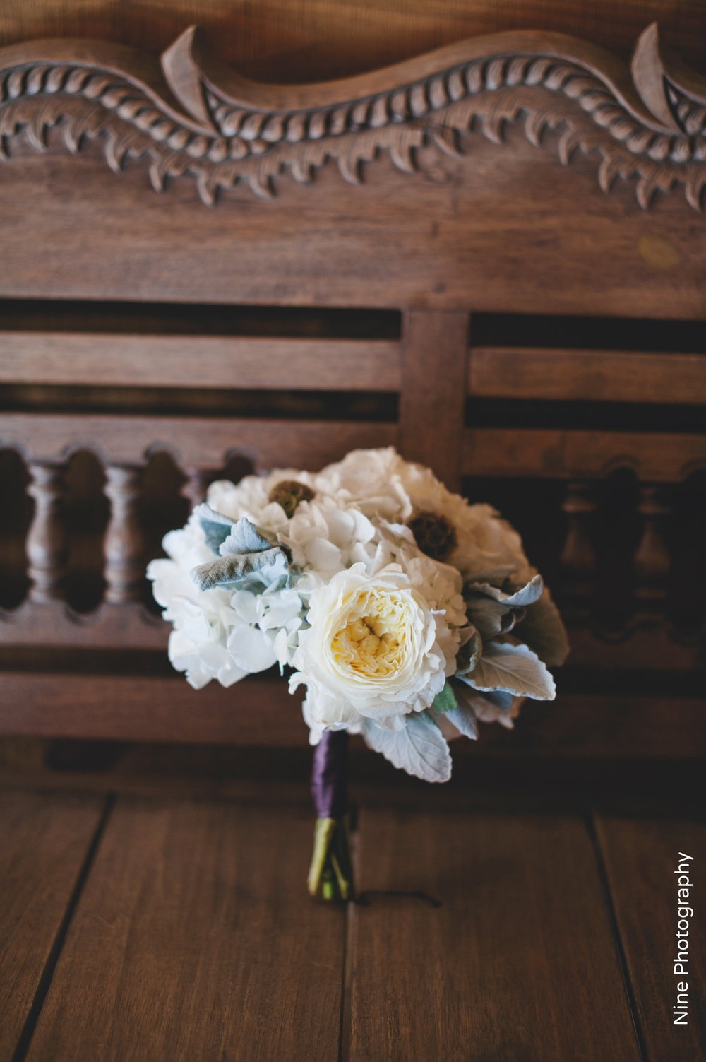Bridesmaid Bouquet white with dusty miller