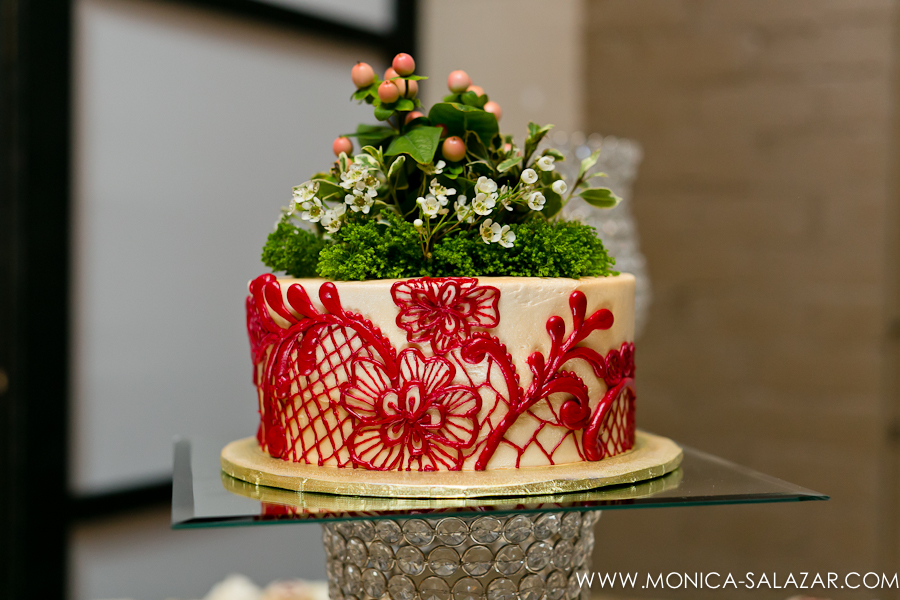 Small Wedding Cake Red Lace