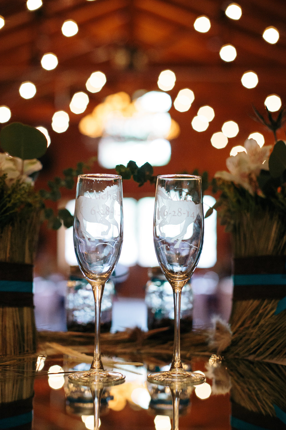 Wedding Champagne Toasting Flutes Horse Equestrian