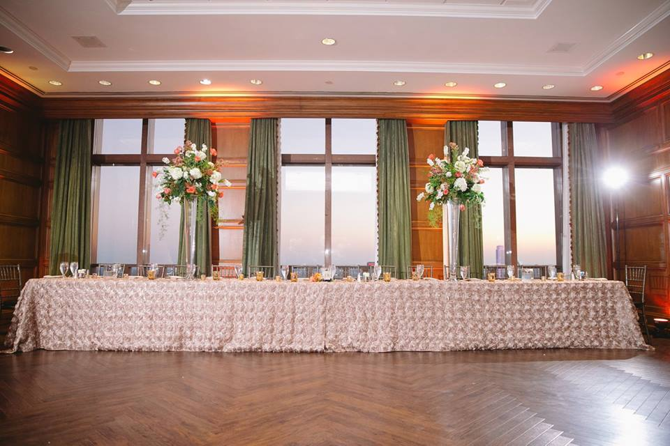 Cityplace 43rd floor wedding head table