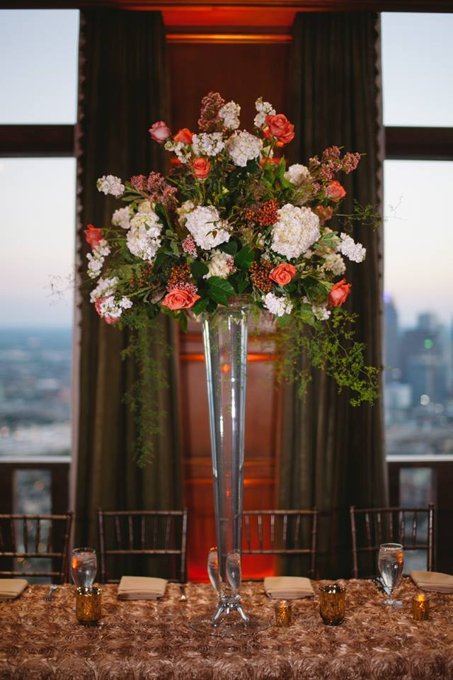Cityplace 43rd Floor Reception Orange White Centerpiece
