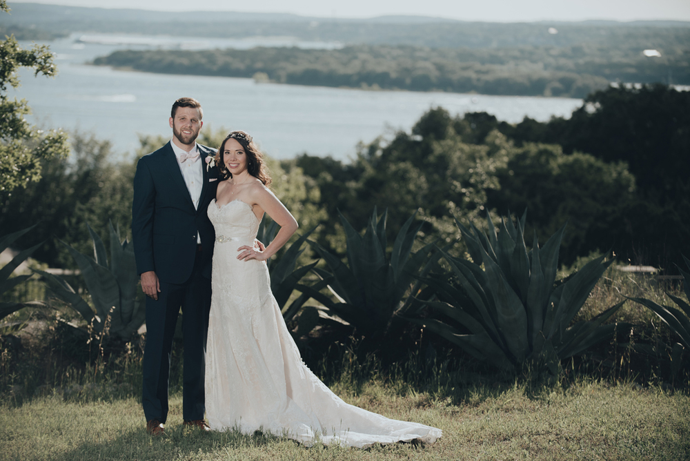 Bride and groom lake travis vintage villas