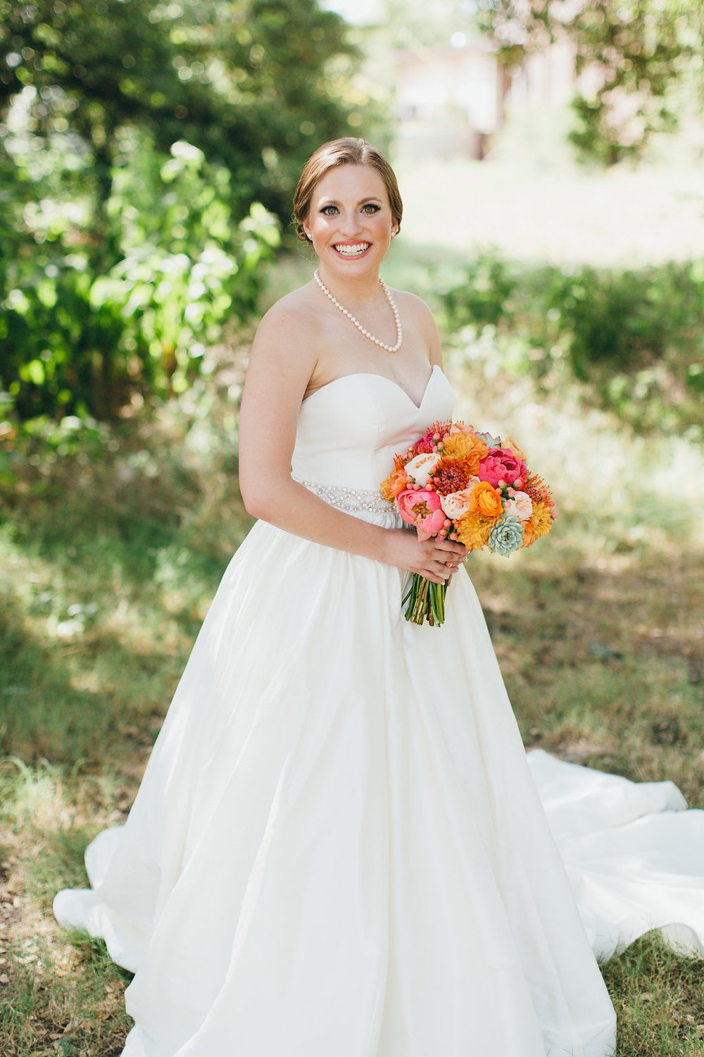 Bridal portrait at Brodie Homestead - www.grantdanielsphotography.com