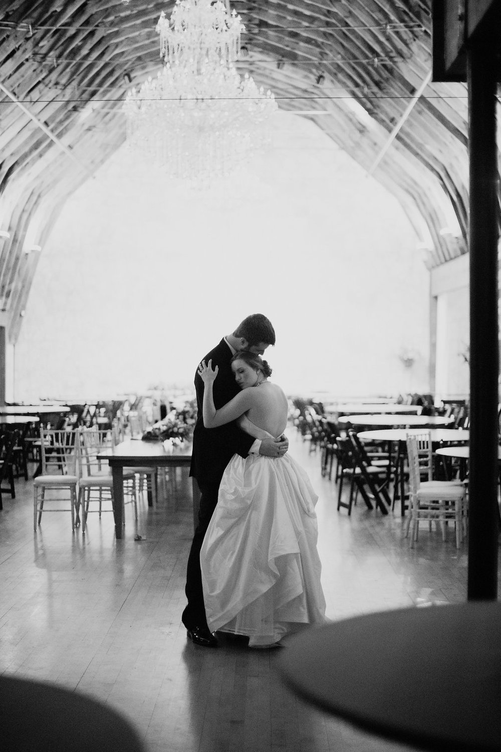 Bride & groom private last dance/sweetheart dance at Brodie Homestead - www.grantdanielsphotography.com