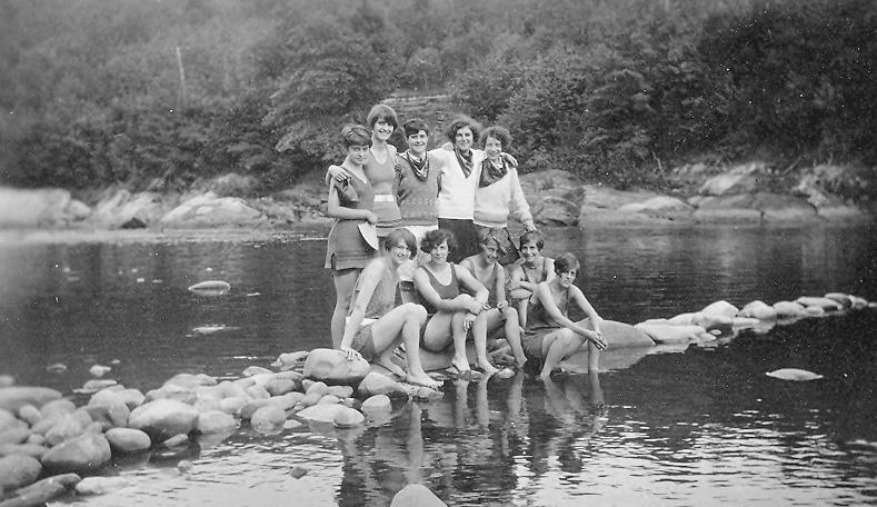 West River 1927.jpg