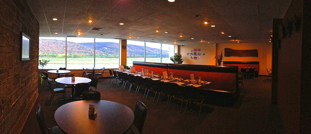 Cloud 9 Restaurant has the perfect banquet space for your next work meeting, party and/or celebration!