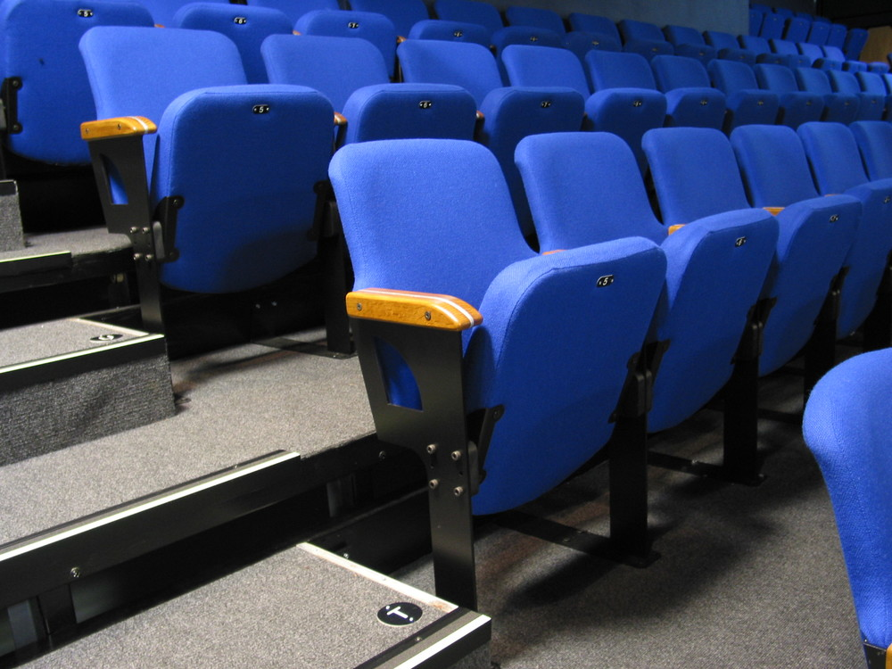 Auditorium, fixed and retractable seating