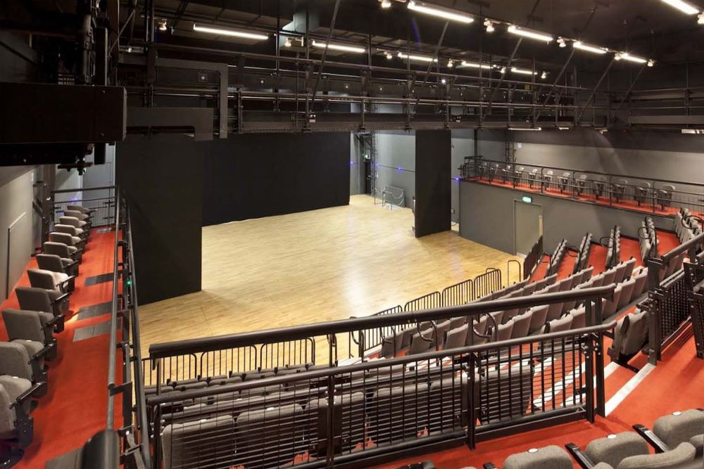Retractable seating solution for University of the Arts