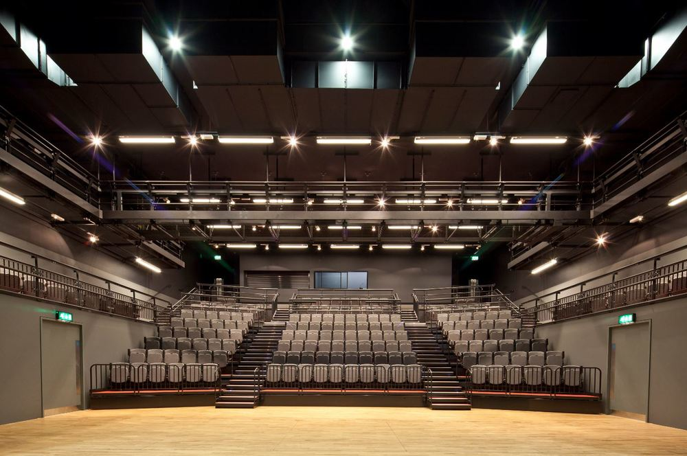 Telescopic theatre seating.JPG