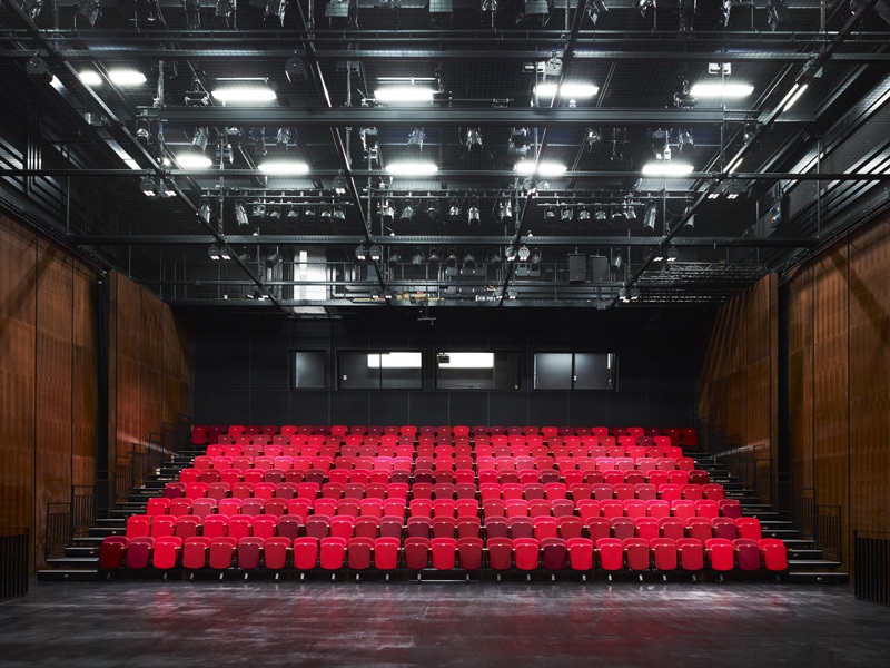 Library_of_Birmingham_Studio_Theatre.jpg