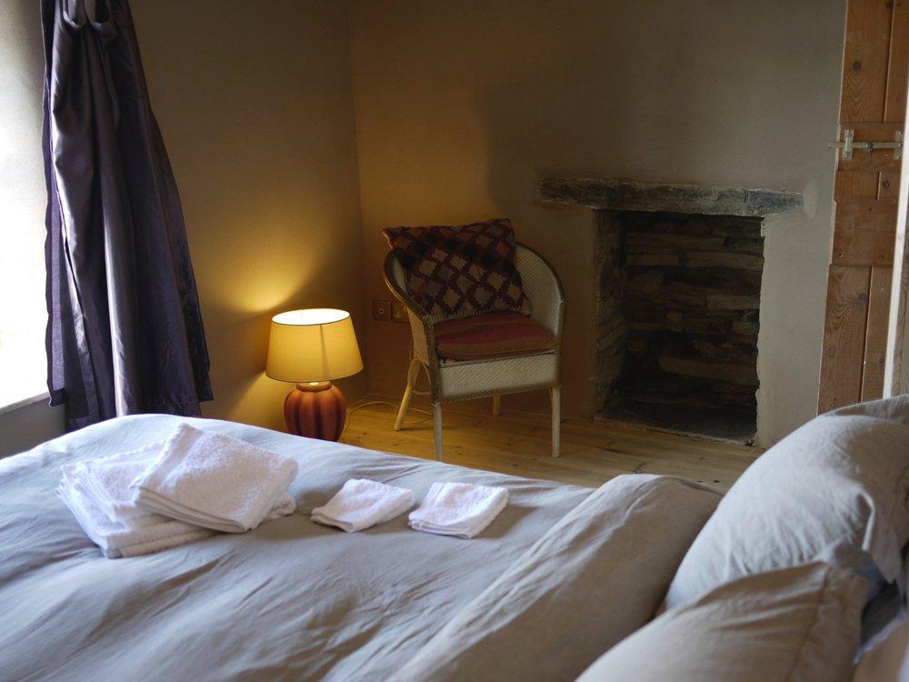 Cowslip bedroom.jpg