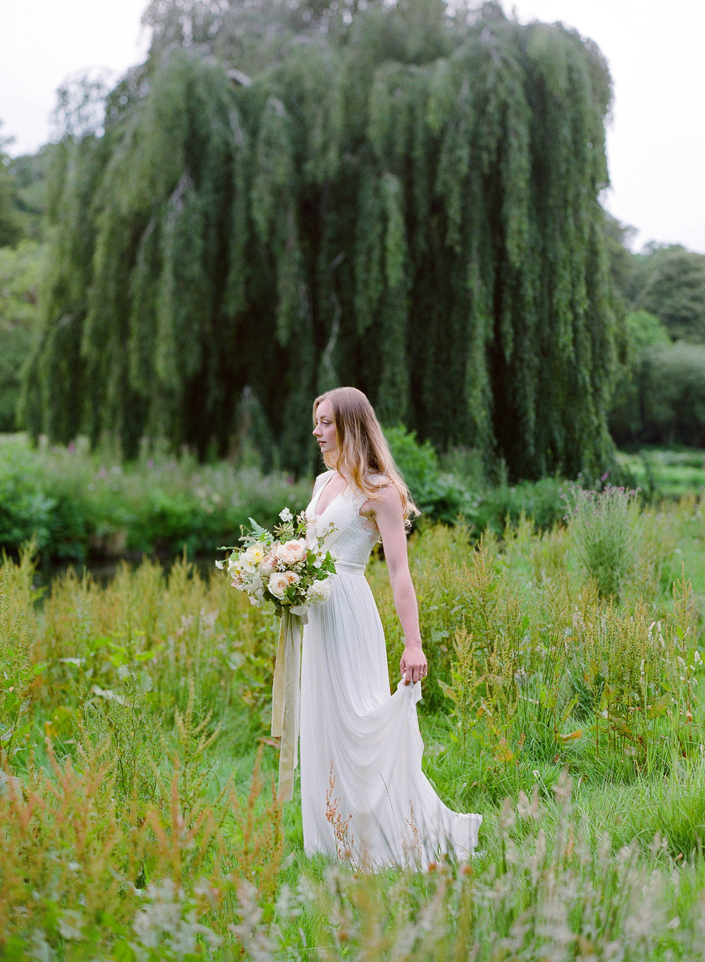Boconnoc Bride with Cornwall Florist The Garden Gate Flower Company