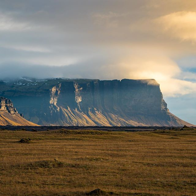 The scale of the #iceland landscape is massive. #sonyalpha #bealpha