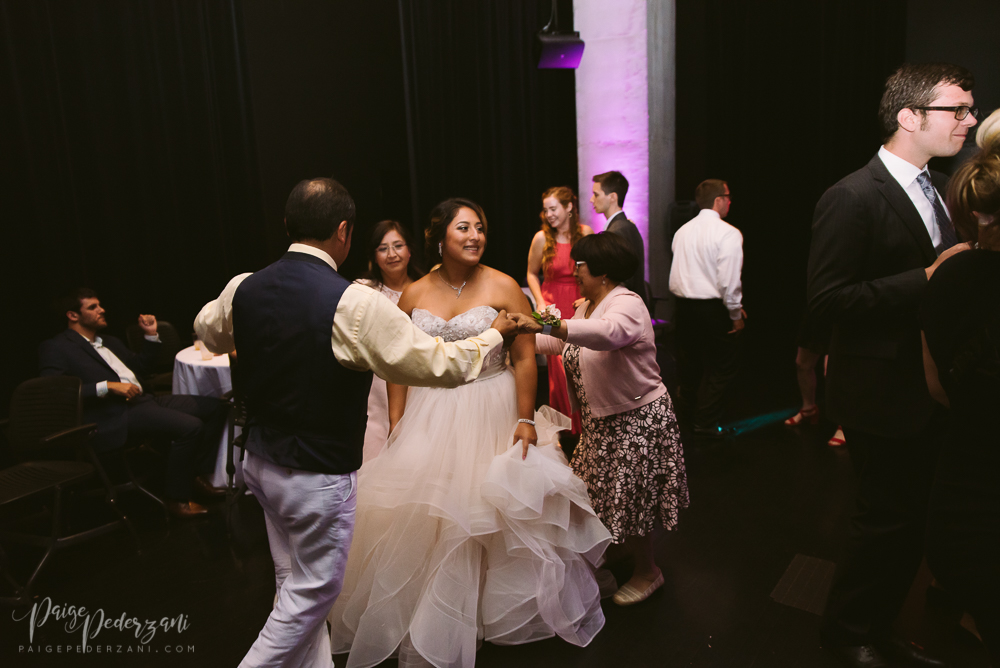 cincinnatiweddingphotographer (11 of 18).jpg