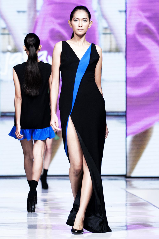sr-vol01- haylie dress.jpg