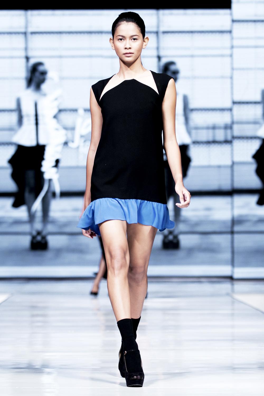 sr-vol01-clarine dress.jpg