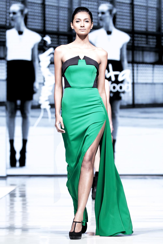 sr-vol01-hilda dress.jpg