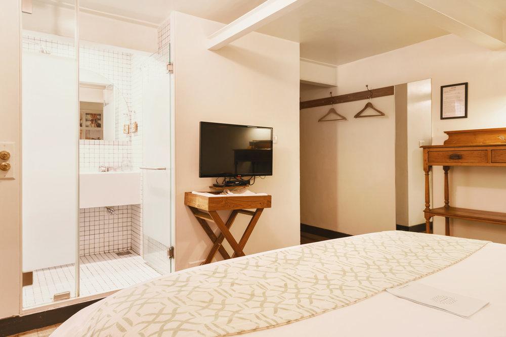 Abode 033.jpg