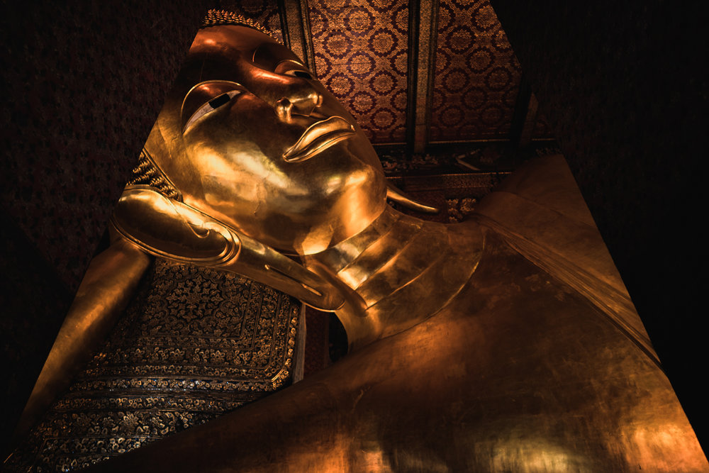 The giant reclining golden Buddha at Wat Pho.