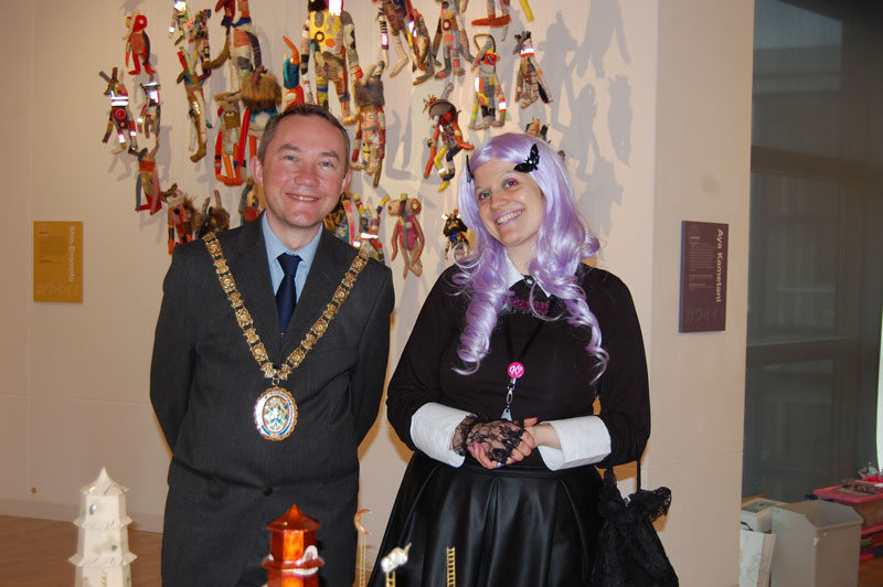 Jess-L-with-the-Mayor-of-Rugby-x.jpg