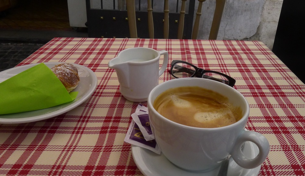Quieting Rome: Breakfast at the Pantheon