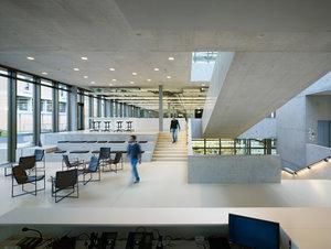 versetzte ebenen holz fussboden dachschraege design, projekte — hübschergestaltet gmbh, unabhängige lichtgestalter, Design ideen