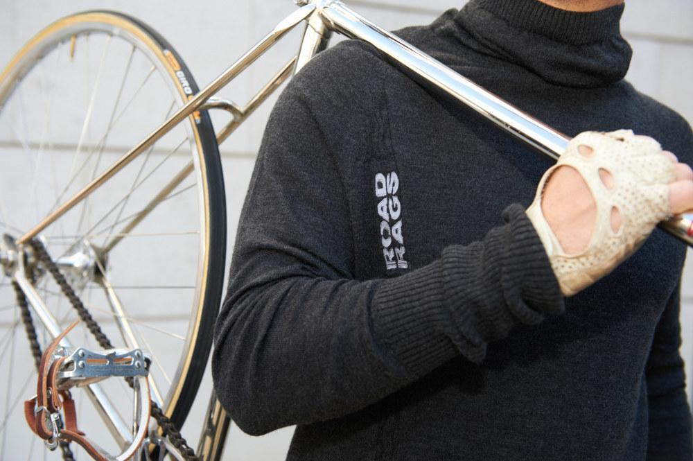 Bikeovershoulder.jpg