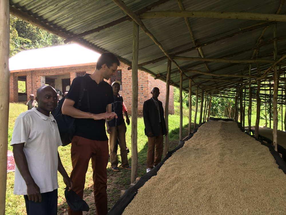 Jasper Spikker of Agriterra at Ngula with the quality management team.