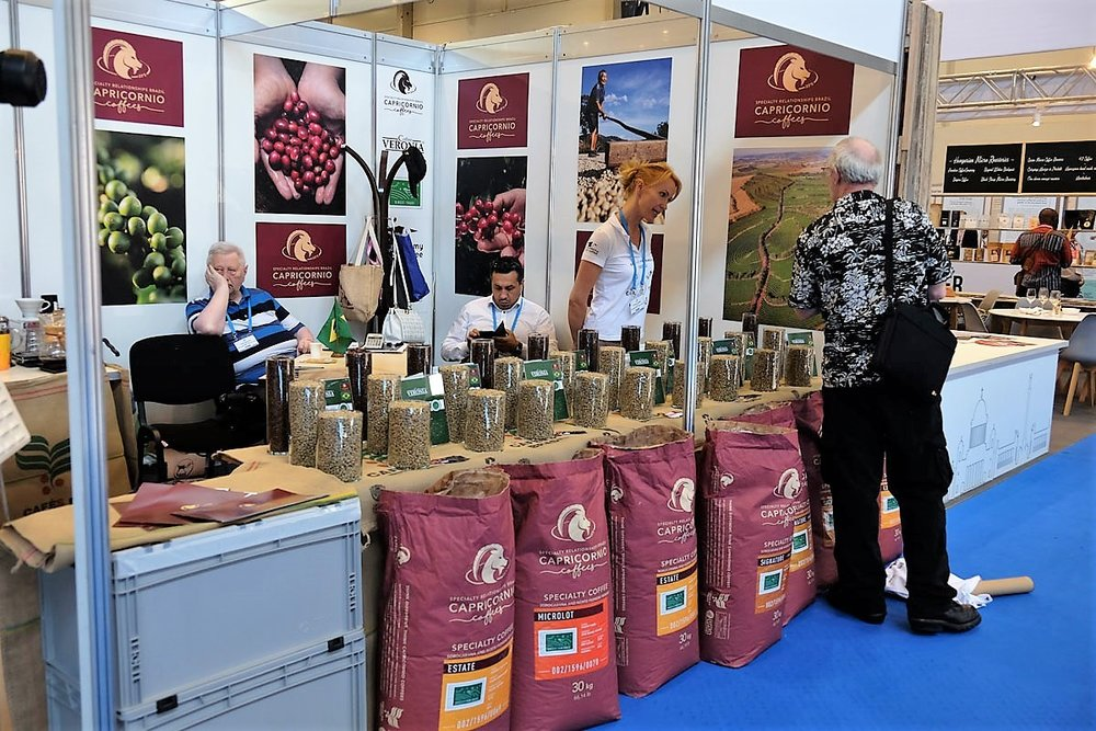 Capricornio is present at many trade shows - here they are showcasing their paper innovation bags, sturdy and very well suited to protect microlot coffees.