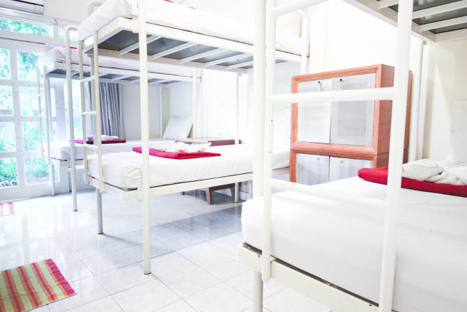GROUP DORM ROOM - Max. 6 person occupancyOn-suite toiletEn-suite shower (hot water avail.)Locker with electric outlet