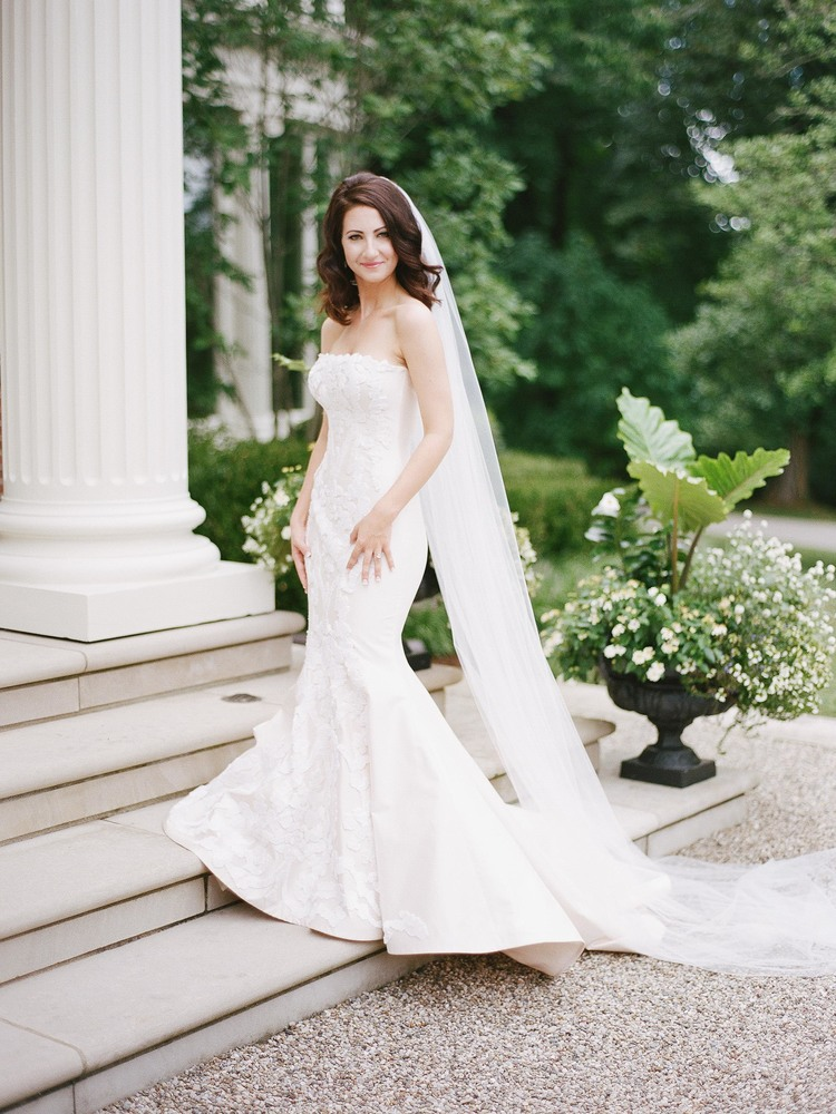 Louisville_Wedding_Photographer_Private_Residence.jpeg