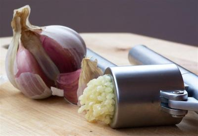Pressed garlic.jpg