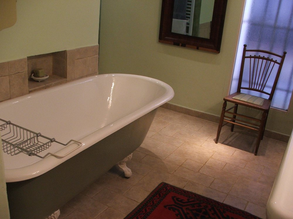 green bath 3.jpg