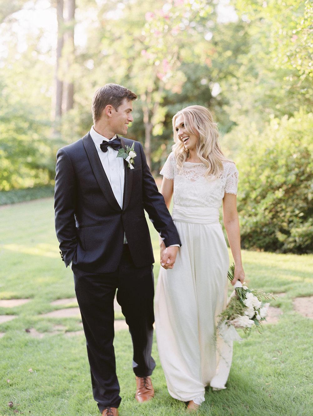 athens-founders-memorial-garden-wedding-photography-hannah-forsberg-atlanta-wedding-photographer-1.jpg