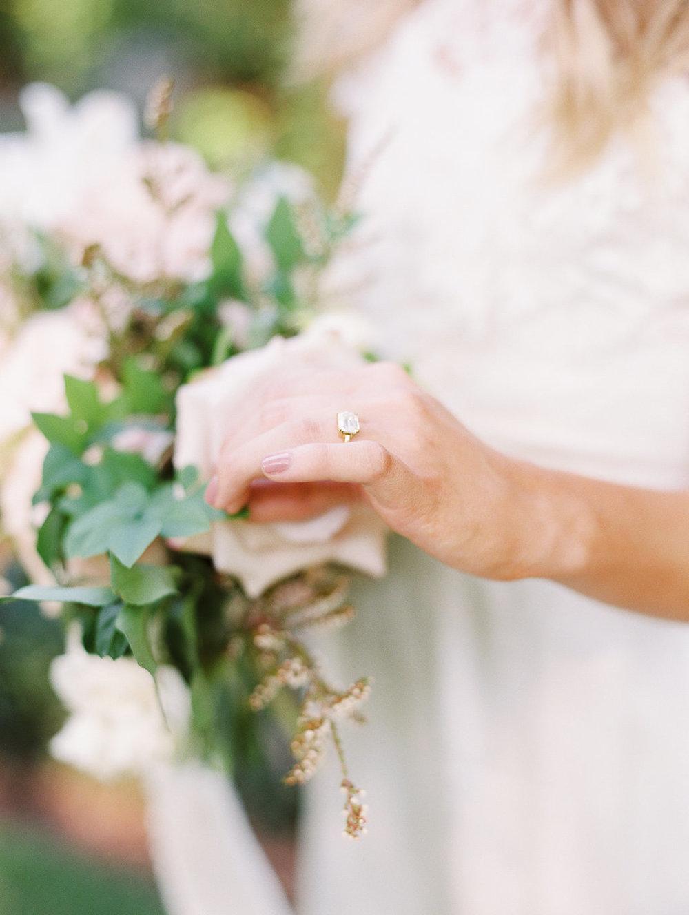 athens-founders-memorial-garden-wedding-photography-hannah-forsberg-atlanta-wedding-photographer-15.jpg