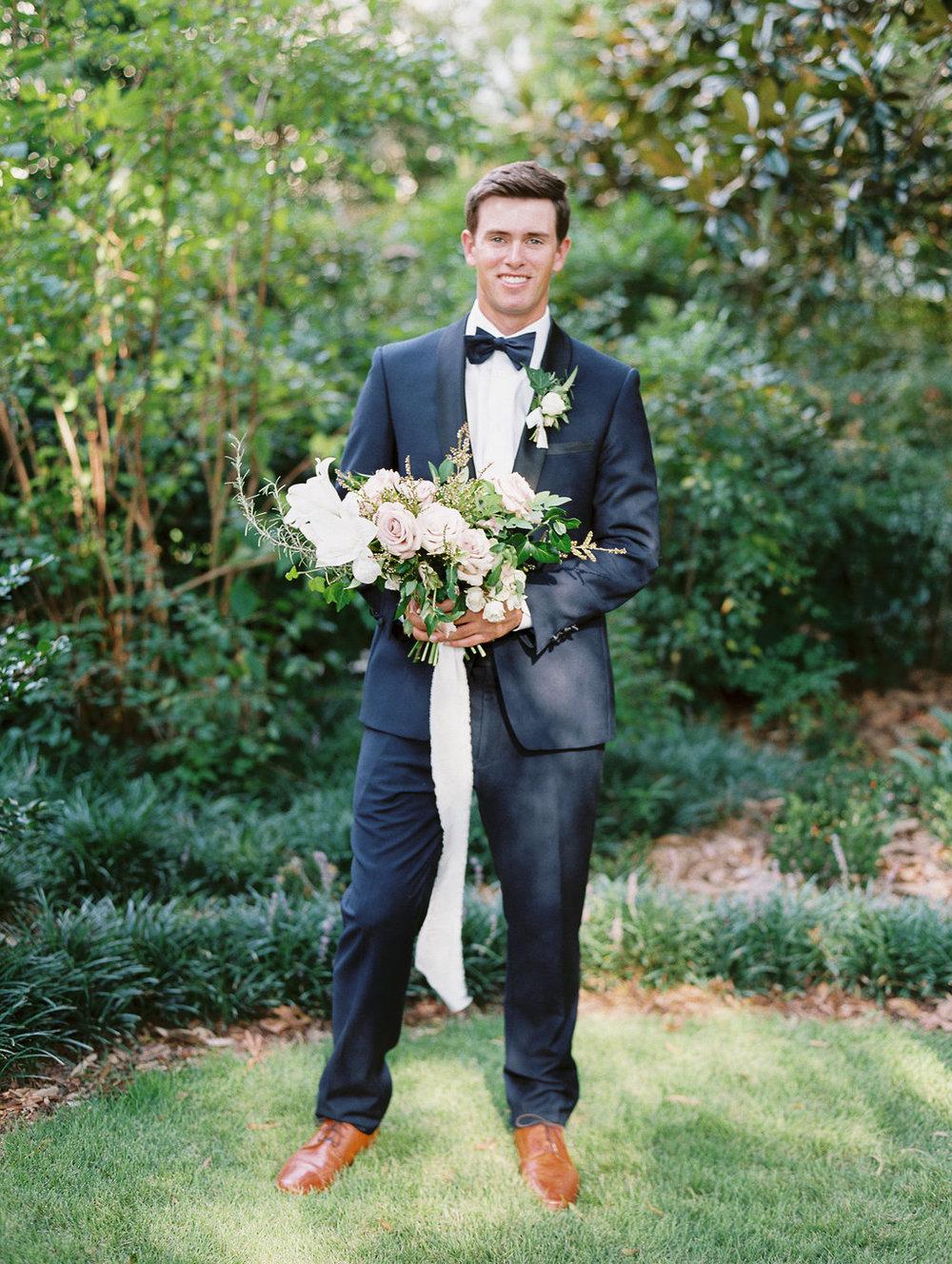 athens-founders-memorial-garden-wedding-photography-hannah-forsberg-atlanta-wedding-photographer-19.jpg