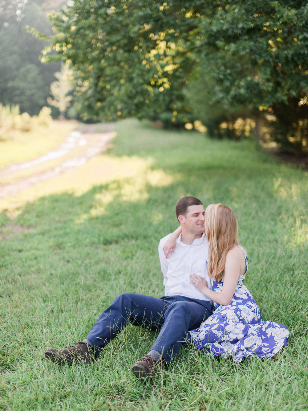 Woodstock-Engagement-Session-atlanta-wedding-photographer-hannah-forsberg-6.jpg