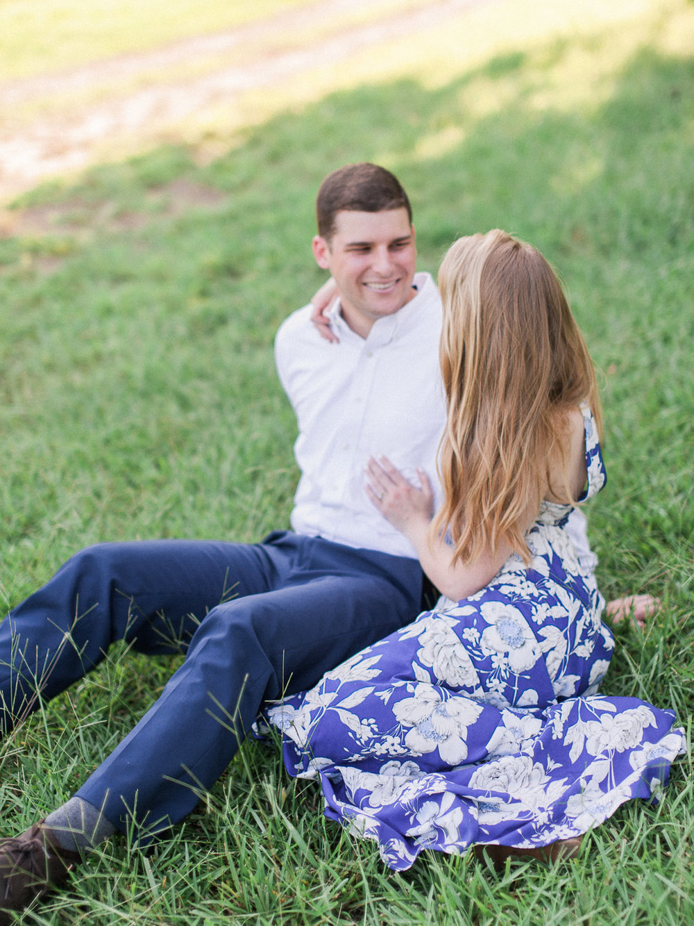 Woodstock-Engagement-Session-atlanta-wedding-photographer-hannah-forsberg-7.jpg