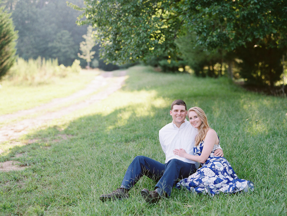 Woodstock-Engagement-Session-atlanta-wedding-photographer-hannah-forsberg-18.jpg