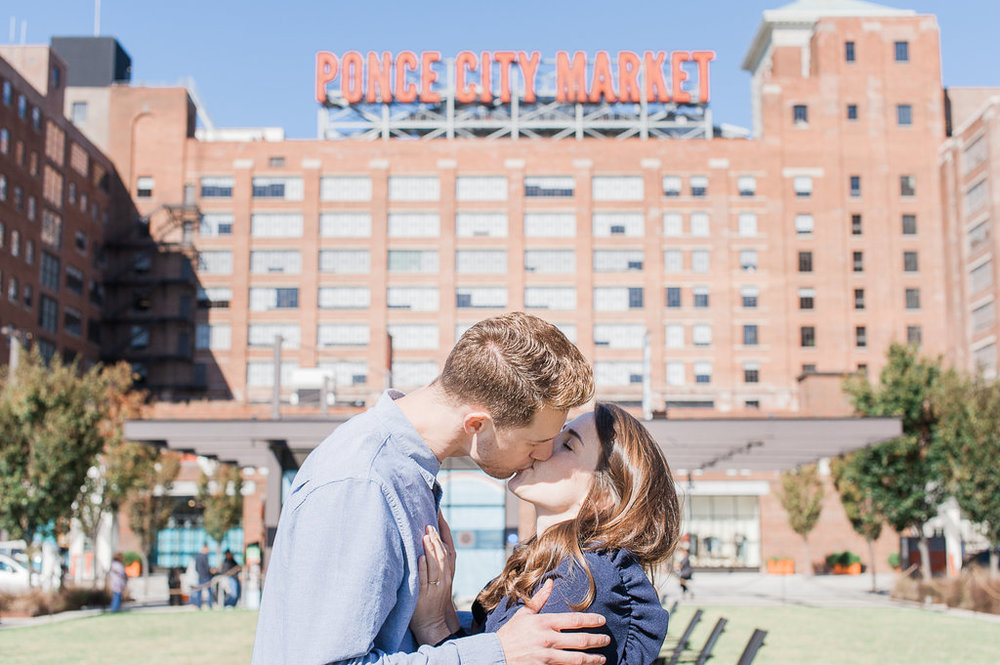 Ponce-City-Market-Engagement-atlanta-wedding-photographer-hannah-forsberg-13.jpg