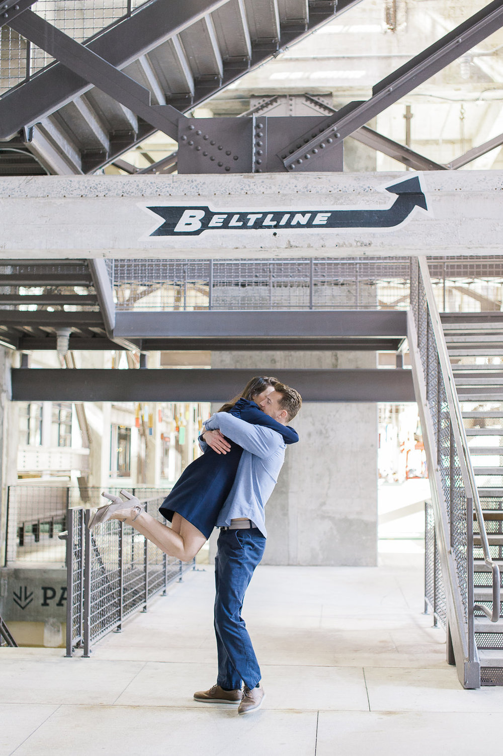 Ponce-City-Market-Engagement-atlanta-wedding-photographer-hannah-forsberg-15.jpg