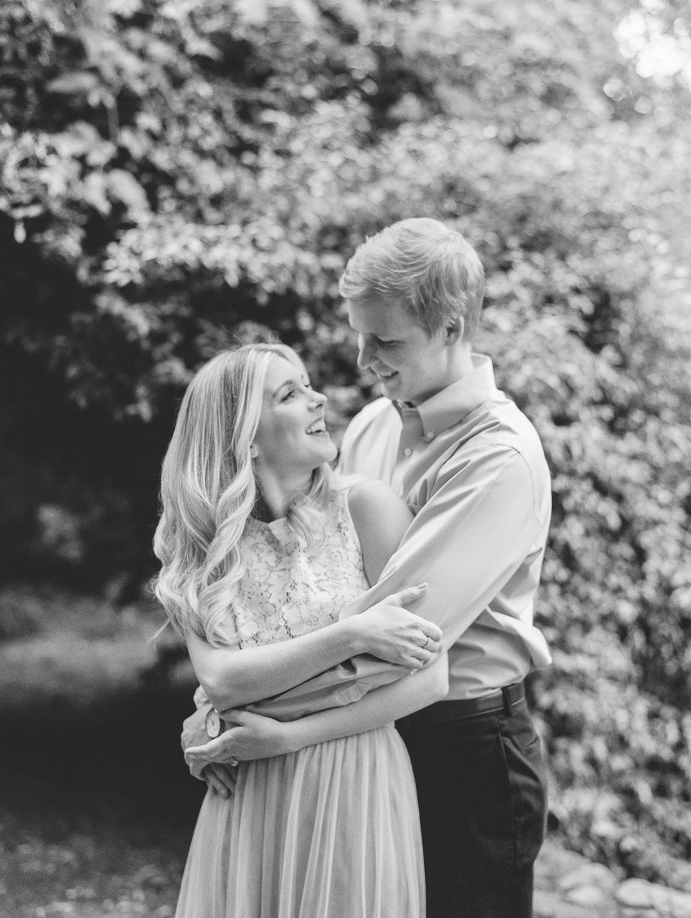 Cator-Woolford-Gardens-Engagement-atlanta-wedding-photographer-hannah-forsberg-23.jpg