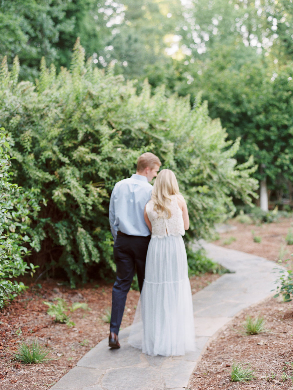 Cator-Woolford-Gardens-Engagement-atlanta-wedding-photographer-hannah-forsberg-22.jpg