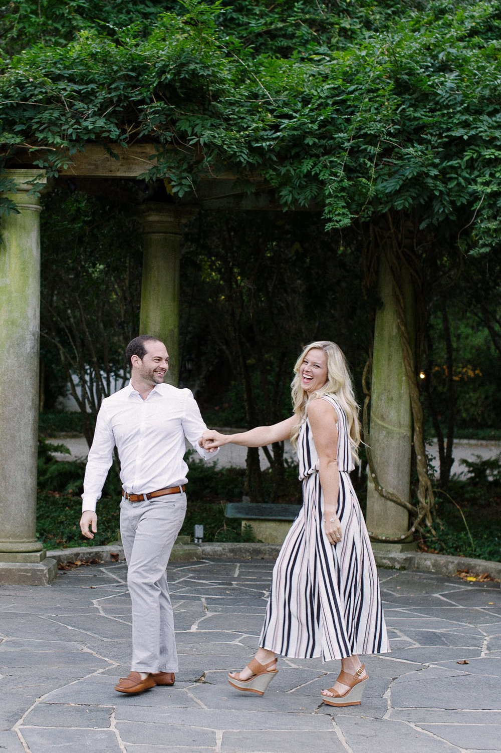 Cator-Woolford-Gardens-Engagement-atlanta-wedding-photographer-hannah-forsberg-8.jpg