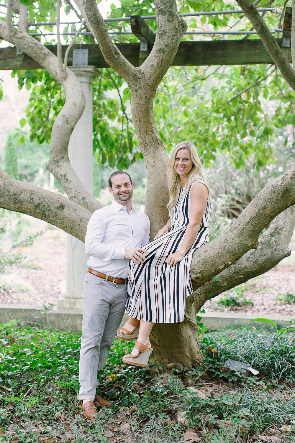 Cator-Woolford-Gardens-Engagement-atlanta-wedding-photographer-hannah-forsberg-14.jpg