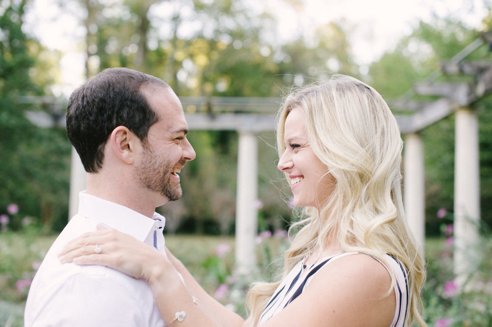 Cator-Woolford-Gardens-Engagement-atlanta-wedding-photographer-hannah-forsberg-19.jpg