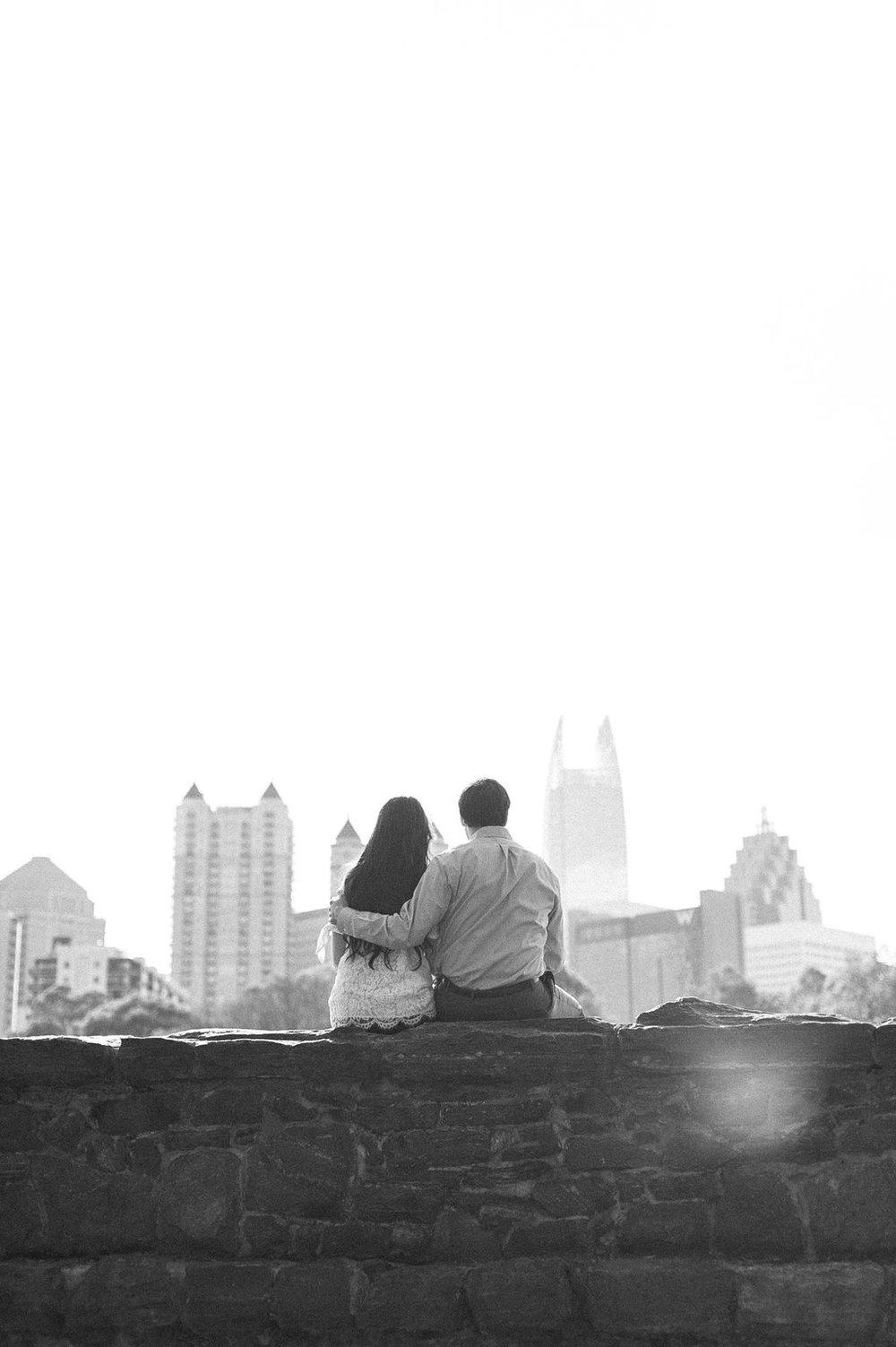 Piedmont-Park-Engagement-atlanta-wedding-photographer-hannah-forsberg-6.jpg